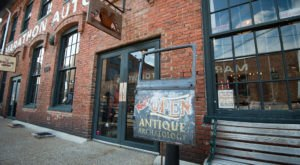 You Can Find Amazing Antiques At These 5 Places In Nashville