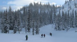 If You Live In Montana, You'll Want To Visit This Amazing Park This Winter