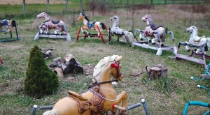 This Rocking Horse Graveyard Is Like Something Out Of A Horror Movie