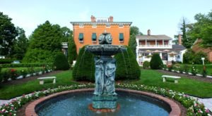 An Overnight At This Historic Hotel In Maryland Is Like Stepping Back In Time