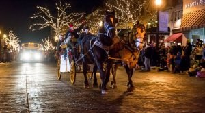 11 Main Streets In Illinois That Are Pure Magic During Christmastime