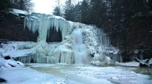 5 Gorgeous Frozen Waterfalls In Maryland That Must Be Seen To Be Believed