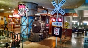 The Train-Themed Restaurant In Missouri, Fritz's Railroad Restaurant Is Perfectly Whimsical