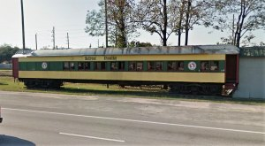 The Train-Themed Restaurant In Texas That Will Make You Feel Like A Kid Again