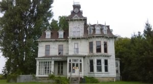 The Deadly History Of This Michigan Mansion Is Terrifying But True
