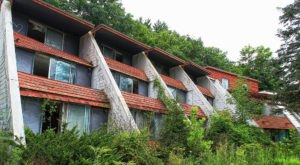 What's Left Of This Legendary Swingers Resort In The Poconos Will Break Your Heart