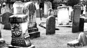 8 Disturbing Cemeteries In Delaware That Will Give You Goosebumps