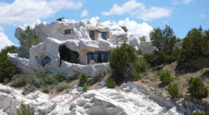 Here Are The 13 Weirdest Buildings In New Mexico