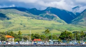 The Unique Town In Hawaii That's Anything But Ordinary