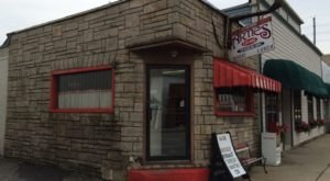 The Historic Restaurant That Just Might Make The Best Tenderloin In Indiana