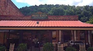 Here Are 12 Tiny Neighborhood Restaurants In Kentucky Where Everyone Knows Your Name