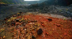 These 10 Hikes In Hawaii Will Lead You To Some Of The State's Coolest Lava Formations
