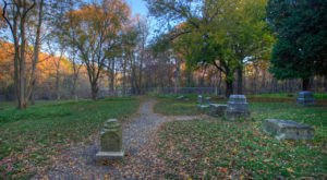 The Haunted Hike In Illinois That Will Send You Running For The Hills
