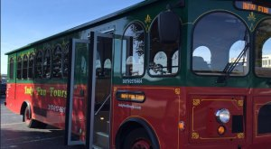 There's A Magical Trolley Ride In Indiana That Most People Don't Know About
