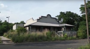 Step Inside This Famous Restaurant That's Been Abandoned In New Jersey