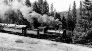 These 13 Rare Photos Show Northern California's Railroad History Like Never Before