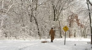 The Easy 1-Mile Winter Hike In Oklahoma That's Positively Bewitching