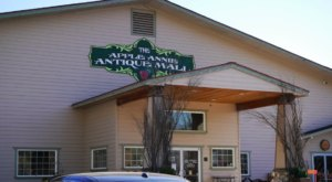 You May Never Want To Leave Apple Annie's, A Massive Antique Mall In Washington