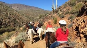 The Winter Horseback Riding Trail In Arizona That's Pure Magic