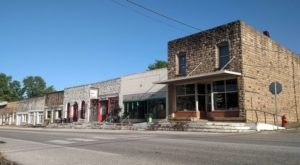 Blink And You'll Miss These 12 Teeny Tiny Towns In Arkansas