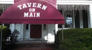 You'll Never Forget Your Visit To The Most Haunted Restaurant In Rhode Island