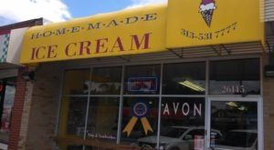 The Tiny Shop In Michigan That Serves Homemade Ice Cream To Die For