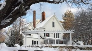 The Charming Country Inn That's So Perfectly New Hampshire