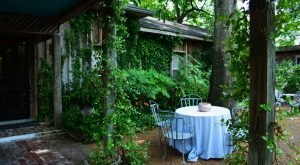 The Most Enchanting Restaurant In Mississippi Is Located In The Most Stunning Setting
