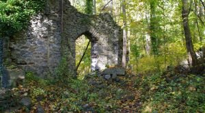 These 5 Hikes In Maryland Will Lead You To Extraordinary Ruins