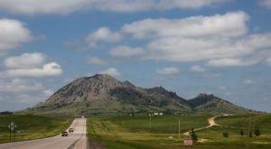 8 Amazing Natural Wonders In South Dakota — No Hiking Required