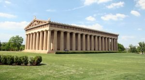 Most People Don't Know There's A Little Parthenon In Nashville