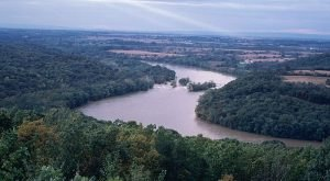 Most People Don't Realize West Virginia Has A Lost River That Once Flowed Through The State