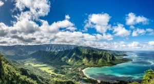 The 17 Places You Absolutely Must Visit In Hawaii This Spring
