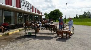 11 Amazing Flea Markets In Kansas You Absolutely Have To Visit