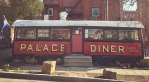 10 Wildly Famous Restaurants In Maine That Are Totally Worth The Hullabaloo