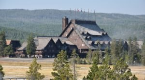 The Magical Inn Hiding In Wyoming That Looks Like It's Straight Out Of A Fairytale