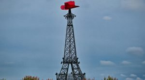 Most People Don't Know There's A Little Eiffel Tower In Texas