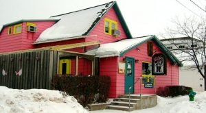 A Flamingo-Themed Restaurant In Wisconsin, Maggie's Is A Whimsical Place To Dine