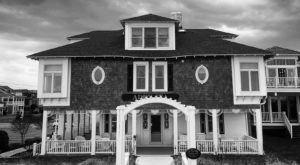 The Story Behind This Haunted Bed & Breakfast In Delaware Is Truly Creepy