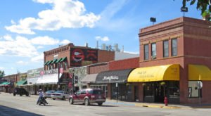 The Small Town In South Dakota That's One Of The Coolest In The U.S.
