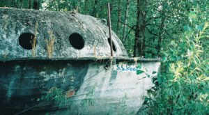 There's A Mysterious, Abandoned Ship In Oregon, And You'll Want To See It For Yourself