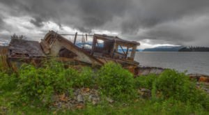 Not Many People Know There's An Eerily Beautiful Shipwreck Hiding Right Here In Idaho