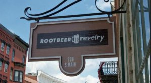 There's An Illinois Shop Solely Dedicated To Root Beer And You Have To Visit