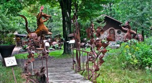 This Roadside Attraction In Wisconsin Is The Most Unique Thing You've Ever Seen