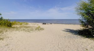 The Underrated Beach With The Whitest, Most Pristine Sand In Minnesota