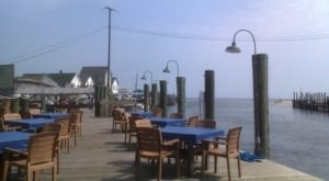 9 Delaware Restaurants With The Most Amazing Outdoor Patios You'll Love To Lounge On