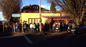 The Epic Brunch Spot In Oregon People Line Up Down The Street For