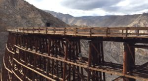 You've Never Experienced Anything Like This Epic Abandoned Railroad Hike In Southern California
