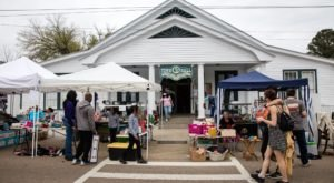 You'll Absolutely Love This 100 Mile Yard Sale Near New Orleans