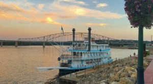 Cruise the Mississippi River To Experience Iowa's Natural Masterpiece